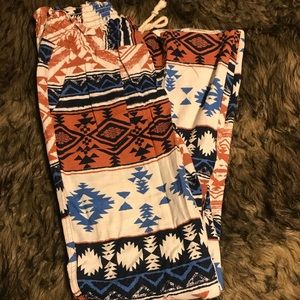 Roxy Aztec print pants
